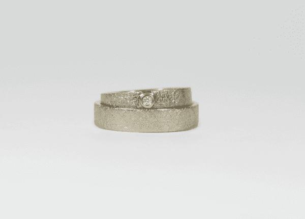 Unique Love wedding rings